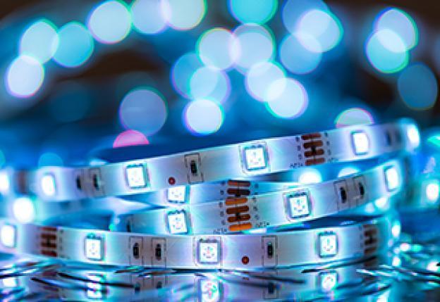 Strisce LED e illuminazione indiretta: come sfruttarle