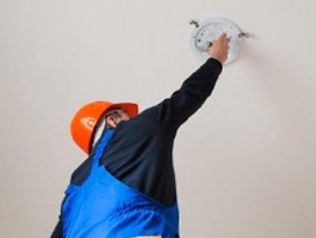 Come abbassare i costi di manutenzione dell'illuminazione