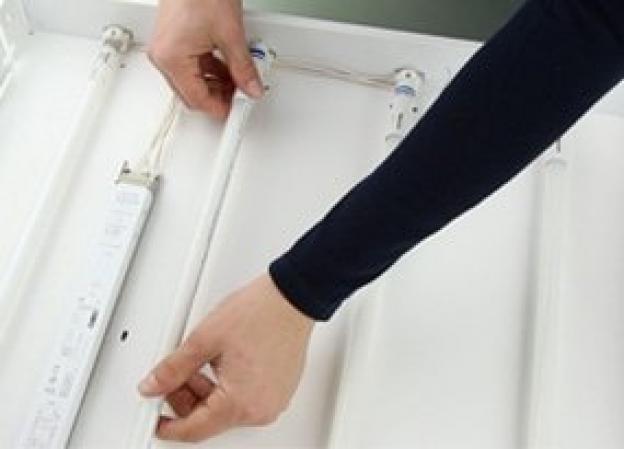 Come si può sostituire il tubo T5 con un tubo LED?